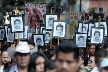 Die Interamerikanische Menschenrechtskommission hat ein neues Team aufgestellt, das an der Aufklärung des Verschwindenlassens der Lehramtsstudenten im September 2014 arbeiten wird