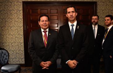 Der brasilianische Vize-Präsident Hamilton Mourão hat Zweifel ob des Vorgehens von Parlamentspräsident Juan Guaidó in den letzten Tagen (hier bei einem Treffen der beiden im Februar)