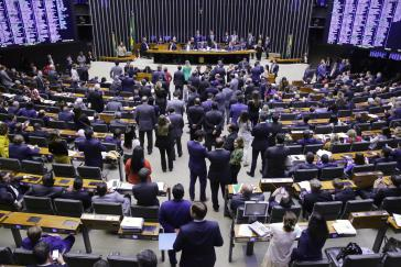 Die Abgeordnetenkammer in Brasilien hat in einer zweiten Abstimmungsrunde für die Rentenreform gestimmt