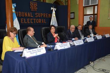 Die Richter des Obersten Wahlgerichts (TSE) von Guatemala haben trotz Unregelmäßigkeiten die erste Runde der Präsidentschaftswahlen für gültig erklärt