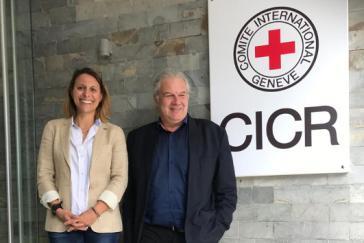 Andrej Hunko mit Laetitia Courtois, Leiterin Internationales Komitee vom Roten Kreuz (ICRC) in Venezuela.