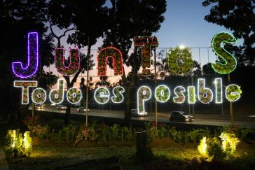 """Gemeinsam ist alles möglich"" (Park Los Proceres)"