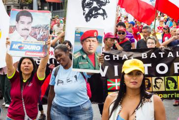 Chavistas demonstrieren in Caracas im Januar 2019 gegen den Putschversuch und US-Sanktionen