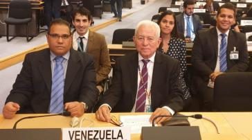 Venezuelas Delegation bei der Sitzung des Exekutivkomitees des UNHCR. Ganz links im Bild der Präsident der Nationalen Kommission für Flüchtlinge, Juan Carlos Alemán