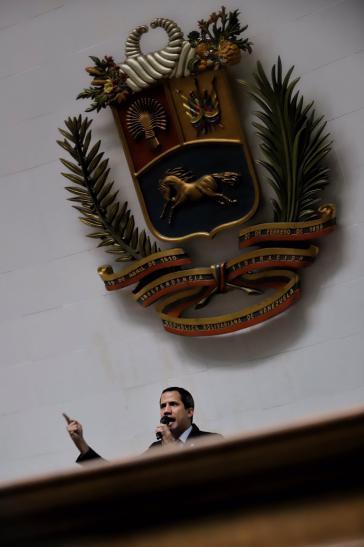 Zu klein für große Aufgaben? Juan Guaidó in Venezuela