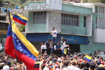 Der Oppositionspolitiker Juan Guaidó bei einer Kundgebung am Wochenende im venezolanischen Bundesstaat Vargas