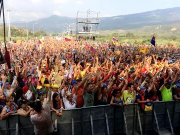 Konzert in Venezuela gegen Interventionismus und Krieg