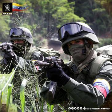 Vor einem Interventionskrieg? Soldaten der venezolanischen Armee