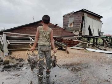 Zerstörte Häuser und Straßen im Department Cortés in Honduras