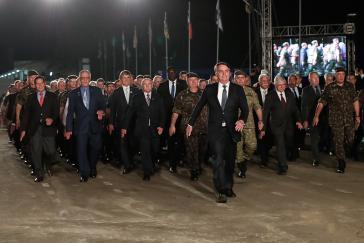 In der Regierung von Jair Bolsonaro sind viele Posten von Miitärs besetzt. Mehr als zur Zeit der Militärdiktatur (1964-1985).