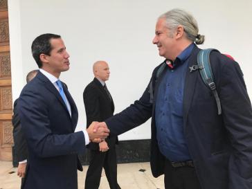 Venezuelas Parlamentspräsident  Juan Guaidó und Andrej Hunko