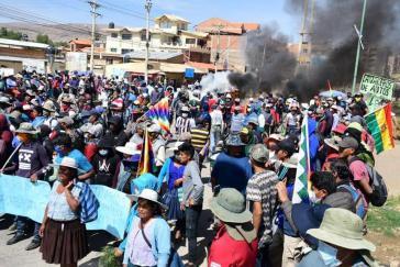 Proteste in Bolivien gegen die Einschränkungen, die im Zuge der Corona-Krise verhängt werden