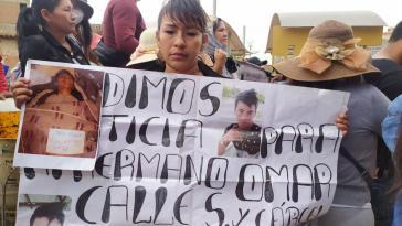 Omar Calle ist eines der Opfer des Massakers von Sacaba. Angehörige demonstrierten vor dem Gericht während der Anhörung von General Cuéllar