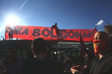 Immer mehr Menschen gehen gegen Bolsonaro und für Demokratie auf die Straße. Hier bei einer Demonstration in São Paulo am 7. Juni