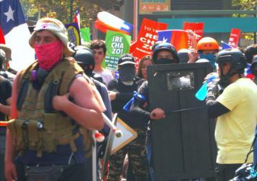 Konnten ungehindert marschieren: Gegner einer Reform der Verfassung, die seit Diktaturzeiten gilt