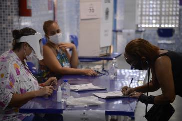 Stichwahl in Rio de Janeiro zwischen dem konservativen Paes und dem reakionären Crivella
