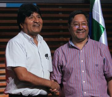 Luis Arce (rechts), hier mit Evo Morales, ist aussichtsreicher Kandidat zu den kommenden Präsidentschaftswahlen in Bolivien.