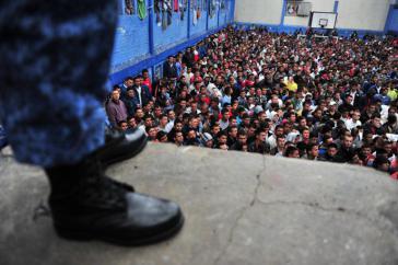 In den Gefängnissen Kolumbiens herrscht eine Überbelegung von 55 Prozent