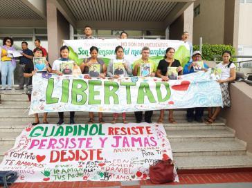 Das Umweltkomitee von Tocoa fordert die Freilassung der acht Inhaftierten und die Einstellung der Verfahren gegen alle Beschuldigten