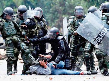 """Die Esmad """"greift systematisch, gewaltsam und willkürlich in die sozialen Proteste ein"""", urteilt das Gericht"""