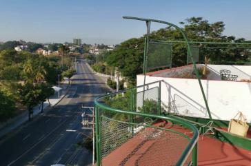 """Das Gebiet """"El Carmelo"""" in Havannas Stadtteil Vedado ist unter Quarantäne gestellt worden"""
