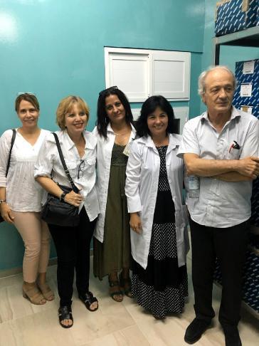 Franco Cavalli traf bei seinem Besuch im November in Kuba auch mit Fachfrauen der Impfstoffentwicklung zusammen