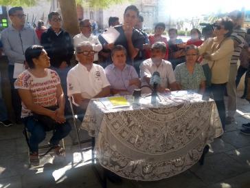 Vertreter aus Capulálpam de Méndez auf der Pressekonferenz in Oaxaca-Stadt