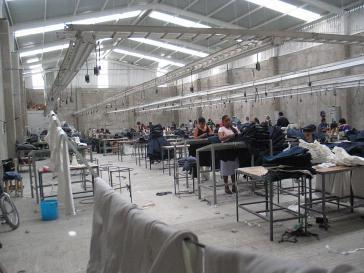 Arbeiterinnen in einer Maquiladora in Mexiko