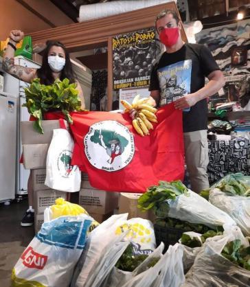 Aktive der Landlosenbewegung sind seit dem Ausbruch der Pandemie im ständigen Einsatz, um die Ärmsten mit Lebensmitteln zu versorgen