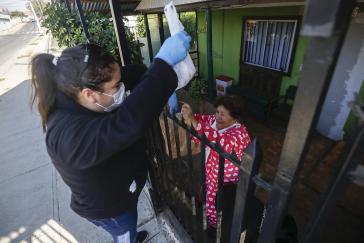 In Chile werden Ältere auch an ihrer eigenen Haustüre unterstützt