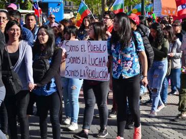 """""""Wir sind das Volk - Wir sind der Kampf - Wir sind die Revolution"""""""