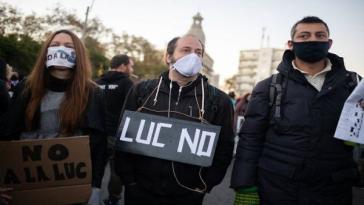 """Protest gegen das """"Ley de Urgente Consideración"""" (LUC) in Uruguays Hauptstadt Montevideo"""