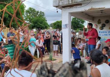 Ein Kandidat der Kommunistischen Partei wirbt für das neue Linksbündnis APR im Bezirk Ost-Maracaibo, Bundestaat Zulia