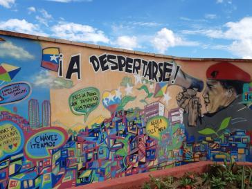 Hugo Chávez ist in dem Stadtviertel 23 de Enero auf Häuserwänden und Mauern stets präsent