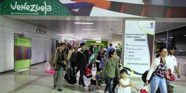"""Mithilfe des Programms """"Vuelta a la Patria"""" der Regierung Maduro kehren viele Menschen zurück nach Venezuela, wie hier Anfang Februar aus Chile"""