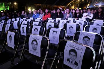 """Videoaufnahmen zeigen, dass Zeugen im Fall Ayotzinapa zur Durchsetzung der """"historischen Wahrheit"""" gefoltert wurden"""