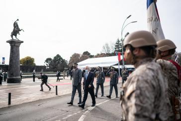 Das Militär als letztes Mittel. Präsident Piñera bei einer Militärparade im August in der Stadt Chillãn.