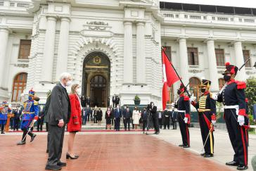 Héctor Béjar bei der Übernahme der Amtsgeschäfte als neuer Außenminister am Montag in Lima