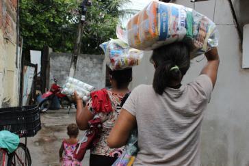 Nahrung als Menschenrecht Das Kollektiv Força Tururu sammelt und verteilt Lebensmittelspenden (Foto: Coletivo Força Tururu @coletivo_tururu)