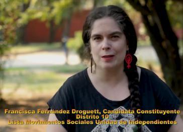 In einem Video erklärt Francisca Fernández, Kandidatin für die verfassungsgebende Versammlung, die sieben Themen der Liste Soziale Bewegungen - Einheit der Unabhängigen für den Distrikt 10 (Screenshot)