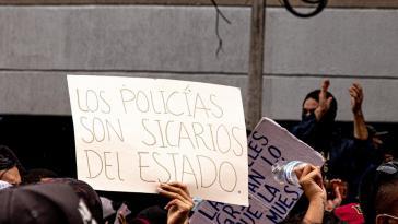 """""""Die Polizisten sind Auftragsmörder des Staates"""""""
