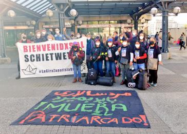 Die zapatistische Delegation bei der Ankunft  in Hamburg