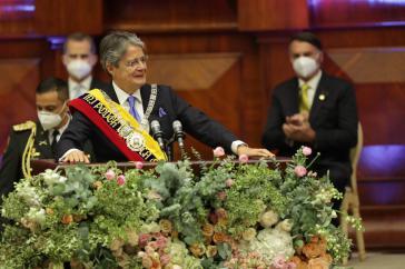 Guillermo Lasso bei seiner Amtseinführung – begleitet von Jair Bolsonaro (rechts)
