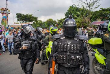 """Angehörige der Spezialeinheit Esmad. Die CIDH prangert """"unverhältnismäßige Anwendung von Gewalt"""" gegen Protestierende an"""