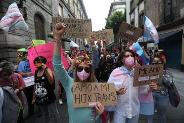 """""""Ich liebe mein Trans-Kind"""": Demonstration am 10. Juli in Mexiko-Stadt"""