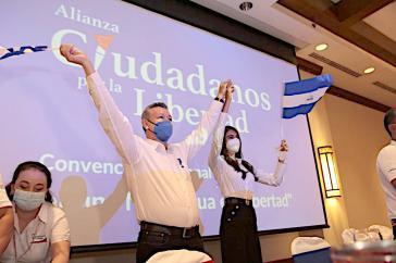Unter den Kandidat:innen zur Präsidentschaftswahl: Ex-Contra Óscar Sobalvarro und Berenice Quezada