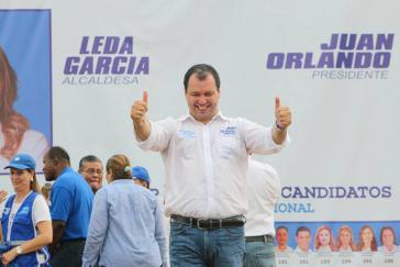 Ihm werden Korruption und Beziehungen zum Drogenkartell vorgeworfen: Der Kandidat der Regierungspartei Reynaldo Ekónomo