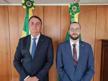 Bolsonaro mit dem Abgeordneten von Paraná, Felipe Barros