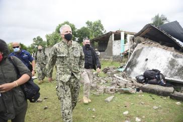 """Koodiniert die """"Haiti-Hilfe"""" der USA: Craig Faller, Oberkommandierender des US-Südkommandos, bei seiner Ankunft in Maniche am 26. August"""