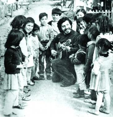 Victor Jara ist noch heute als Sänger und Künstler in der chilenischen Bevölkerung hoch geschätzt
